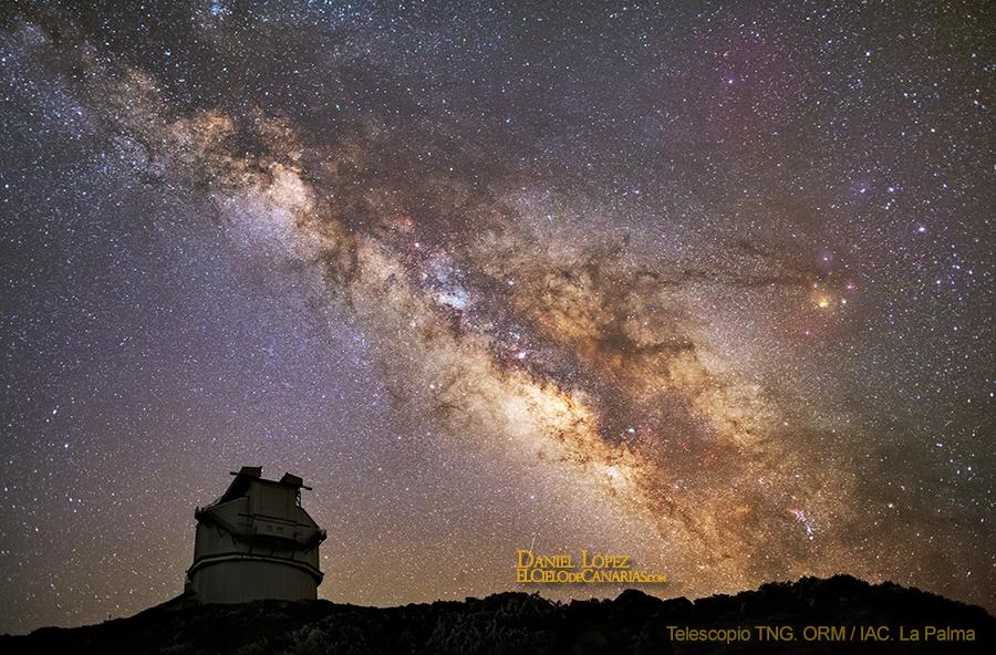 Telescopio TNG y via lactea